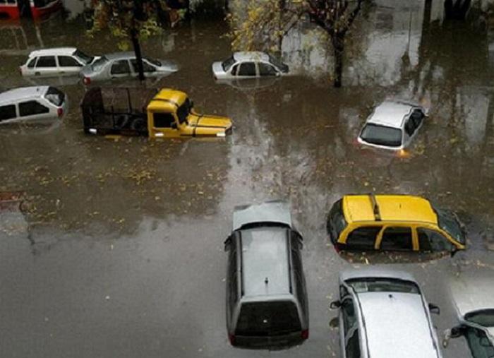 Cubre inundación del vehículo?