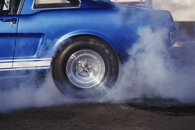 seguro-de-carros-cobrem-arranhoes-da-lataria