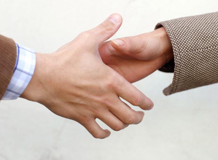 ¿Cómo se puede solicitar un préstamo personal sin cuenta bancaria?