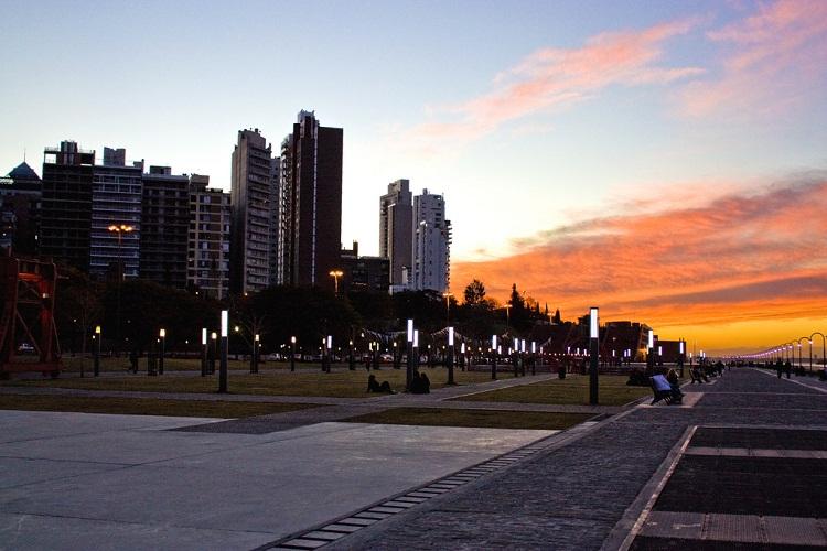 Rio Uruguay Seguros Rosario