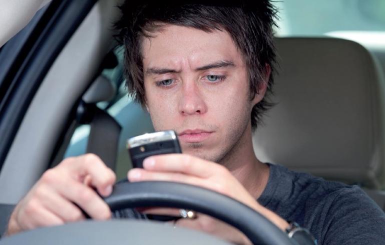 Seguridad Vial: Evitar el celular